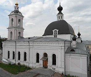 В Москве осквернены два храма