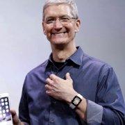 Глава Apple Тим Кук открыто заявил о своей гомосексуальности: я гей...