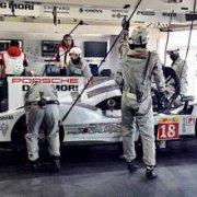 Porsche лидирует на тестах WEC